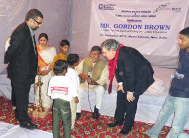 Gordon Brown celebrates festival of lights with the children at Mukti Ashram
